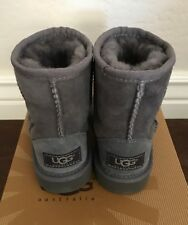 NWT New Toddler Kids Size 7 Classic Ugg Boot Boy Girl Gray