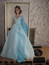 Barbie Fashion Model Blue Chiffon Ball Gown Silkstone NRFB.sof. lieferbar