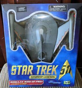 Star Trek starship Legends romulan bird of prey electronic starship lights up