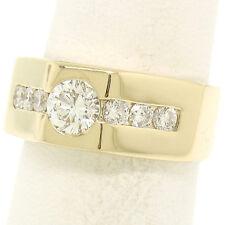 Hombres 18ct Oro Amarillo 1.01ctw Redondo Talla de brillante Un Diamante