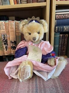 Hermann Teddy - Queen Guinevere Bear -Limited Edition - Label - Mohair - Vintage