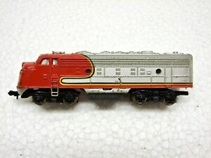 N Scale Santa Fe F-7 Engine for Parts or Repair