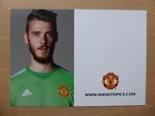 2015-16 David De Gea Unsigned Man Utd Club Card (12014)
