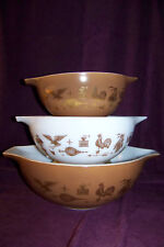 Pyrex Early American 3 pc nested glass mixing bowl set Cinderella handles