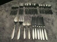 CAMBRIDGE TOWNHOUSE STAINLESS FLATWARE 35 ASSORTED PIECES