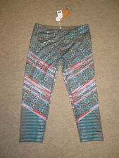 Prana NWT M Roxanne Capri pant Yoga green tribe sustainable recycled poly NEW