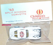 HOT WHEELS 8TH ANNUAL NATIONALS '63 SPLIT WINDOW CORVETTE WHITE REAL RIDERS W+