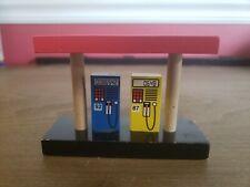 Imaginarium Thomas The Train Brio Wooden Gas Station Pumps