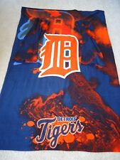 MLB Detroit Tigers Snuggie UC