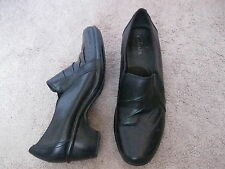 CLARKS Black Leather Shoe Boots Loafers  w/ Heel 7.5 M