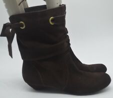 Gorgeous Naturalizer Brown Suede Ankle Boots. Size 5.5. Good Condition!