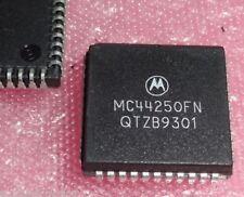 Mc44250fn mc44c250j triple 8-bit video adC