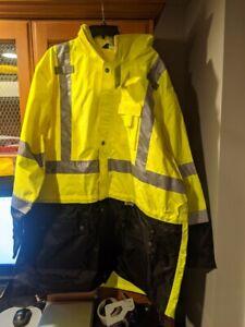 GloWear 8365BK Hi-Vis Rain Jacket - Type R, Class 3, Black Front Size 5XL