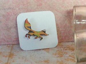 Fox Wood Brooch, Mini animal brooch, nature gift, wooden jewellery Kente Orange