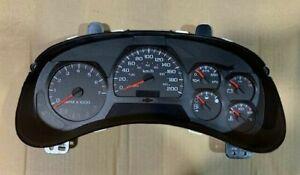NOS 2005 Chevy Trailblazer Speedometer Cluster 15238346  KM/H