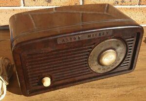 ASTOR MICKEY Bakelite Vintage Valve Radio - no reception. Needs work.