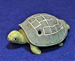 CUSCO PERU de la CRUZ Clay Pottery Handmade Green TURTLE OCARINA Whistle Flute