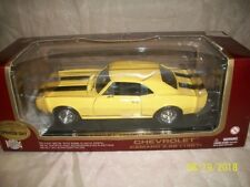 1967 Chevrolet Camaro Z-28 Exclusive Yellow Color 1/18 Die-Cast Road Legends