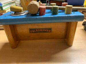 *RARE* VINTAGE TRI-ANG PILEDRIVER MALLET SHOOTS WOODEN CYLINDERS WOODEN TOY (P8)