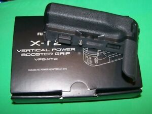 Fujifilm X-T2 VPB-XT2 Vertical Power Grip + Power adapter +Fujifilm camera strap