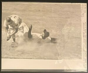 1962 Original B&W Photo-San Francisco Giants Willie Mays Chicago Cubs