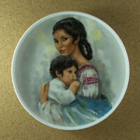 Vintage Royal Bayreuth Mothers Day 1974 Young Americans Collector Plate