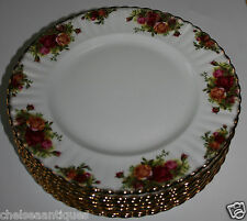 VINTAGE 1962 Royal Albert Old Country Roses Large DINNER PLATE White Floral Gilt