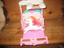 MY LITTLE PONY HASBRO 1997 MAGIC rose Canopy bed Playset et lumière cœur bouton