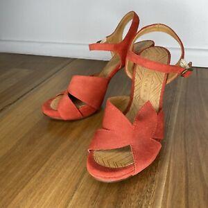 Chie Mihara Sz 38 designer Peep Toe Suede leather Heels Red/ Orange Strappy