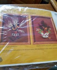 1985 The Creative Circle Cattails & Daisies (2) Embroidery Kit NEW 0541