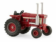 Case IH 1568 Tractor   V-8     ERTL 1:64   2016  New In Package  #14964