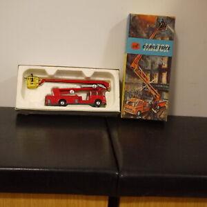 Corgi Toys No 1127 Simon Snorkel Fire Engine - Original Box close to factory