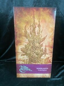 "CHRONICLES JIM HENSON'S THE DARK CRYSTAL ""SKEKSIS CASTLE"" ENVIRONMENT REPLICA ST"