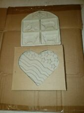 New Pampered Chef Stoneware Cookie Mold Patriotic Heart 2005 & Farmyard Friends