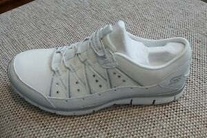White Skechers Trainer. Left Shoe Only. Size 6