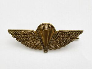 Parachute Regiment Wings Marines Military Army 2 Lugs Brass Cap Badge