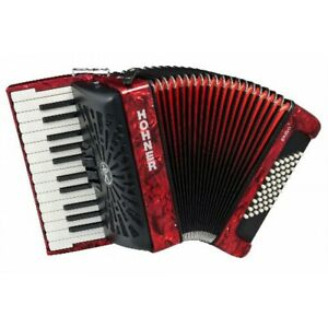 Hohner Bravo 48 bass piano accordion with carry bag