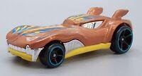 HOT WHEELS 2010 Howlin' Heat Scale 1/64 Diecast Model Car #B13