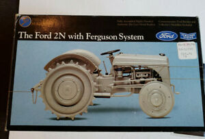 ERTL THE FORD 2N WITH FERGUSON SYSTEM TRACTOR 1/16 SCALE #354 NEW