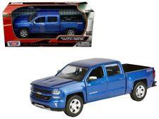 2017 Chevy Silverado 1500 LT Z71 Pickup Diecast Truck 1:27 Motormax 8 inch Blue
