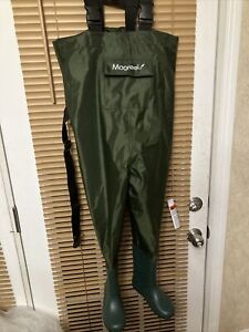 """Magreel Kid Chest Waders Waterproof Nylon/PVC Youth w Boots NEW Size 9"""" Waist 31"""