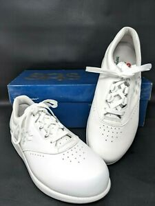 SAS Free Time Walking Shoes White Leather Womens Size 6.5W New in Box