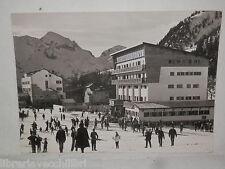 Vecchia cartolina foto d epoca di Foppolo Piazzale alberghi Dalmine e Cristallo