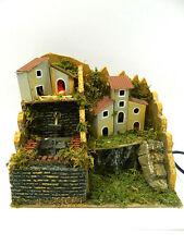 Paesaggio + Fontana Funzionante + Case + Luci Cm16x24x20 + Pompa Riciclo Presepe