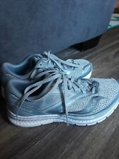 Saucony Kinvara 9 Size 7.5 Womens running shoe. Gently used for 2 months