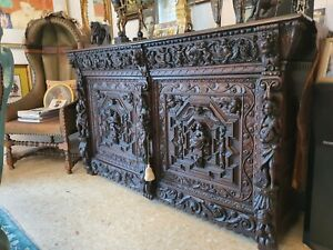 Incredible deeply carved Museum quality 17th c. Flemish Renaissance Oak Buffet