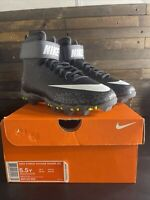 BRAND NEW NIKE FORCE SAVAGE SHARK BG.SIZE 5.5 YOUTH 5.5Y FOOTBALL CLEATS