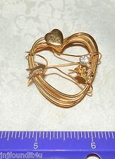 Stunning Gold tone Heart w/Rhinestone Pin Brooch w/wire wrap arrow flower heart