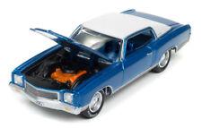 1/64 JOHNNY LIGHTNING CLASSIC GOLD 1971 Chevrolet Monte Carlo in Mulsanne Blue P