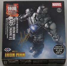 STAN LEE SINGED Revoltech Iron Man  035 SciFi Super Poseable  Iron Man Mark II